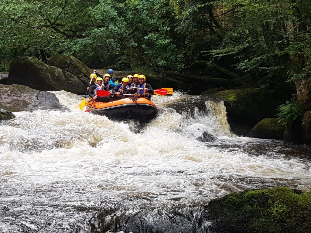 rafting morvan teambuilding