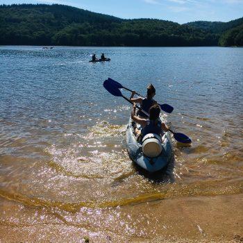 personnes_canoe_lac de chaumeçon_takamaka